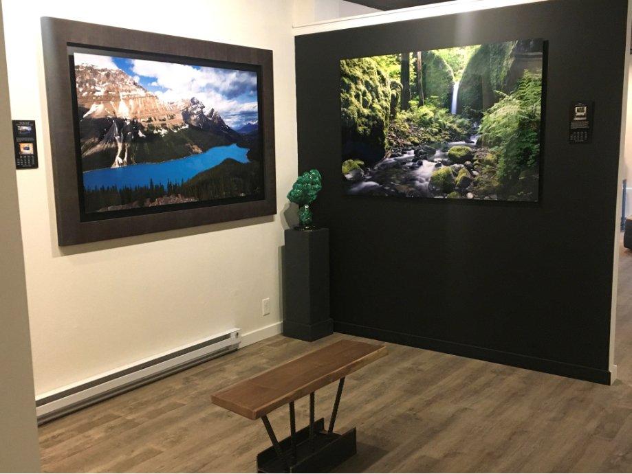 Steamboat gallery interior photo 3