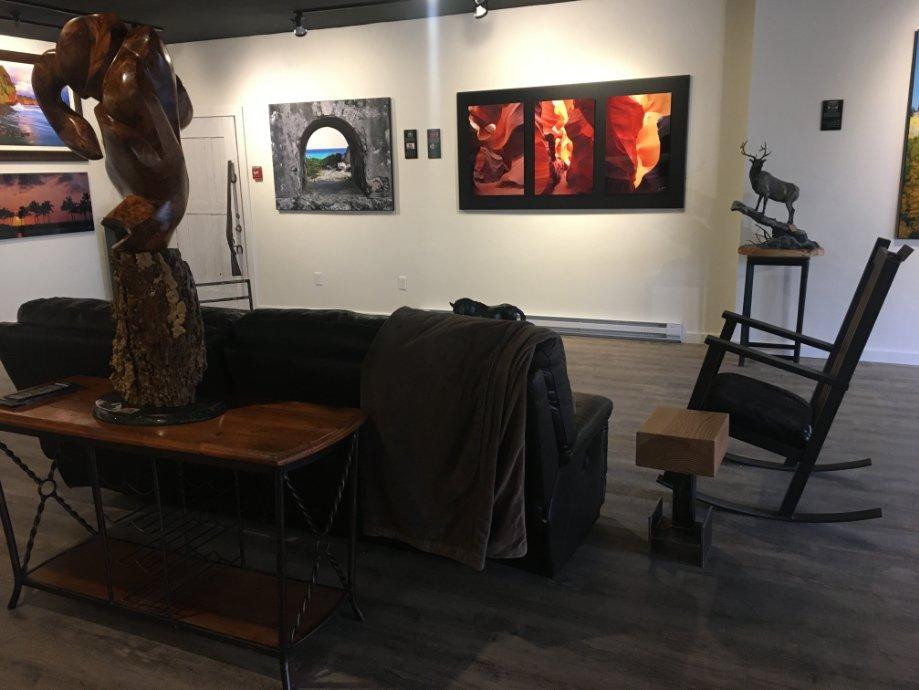 Steamboat gallery interior photo 4